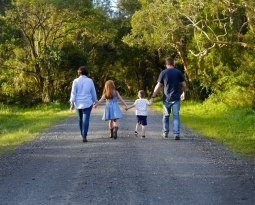 Why now is the perfect time for family photos / Goulburn Family Photographer